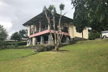 Villa safina syariah with spectacular view