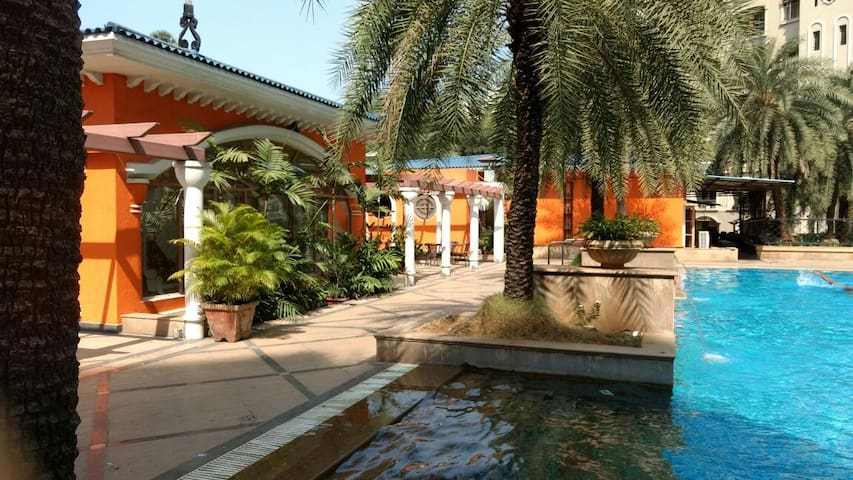 Private room, great location.    - Mumbai - Bed & Breakfast