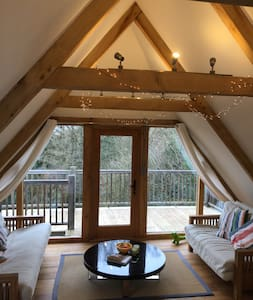 Oak barn studio with balcony - Wadhurst - Loft