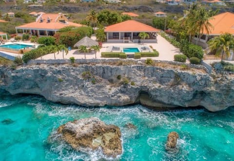 Villa Seven -SPECTACULAR VIEWS of Sea!