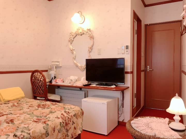 5 min, walk to JR Hakodate St, Double Room #2