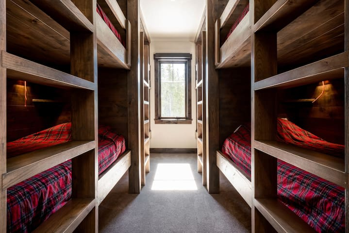 Kamar tidur 6