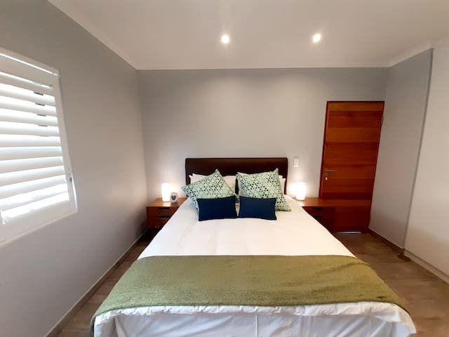 The Olive Cottage | Somerset West, South Africa