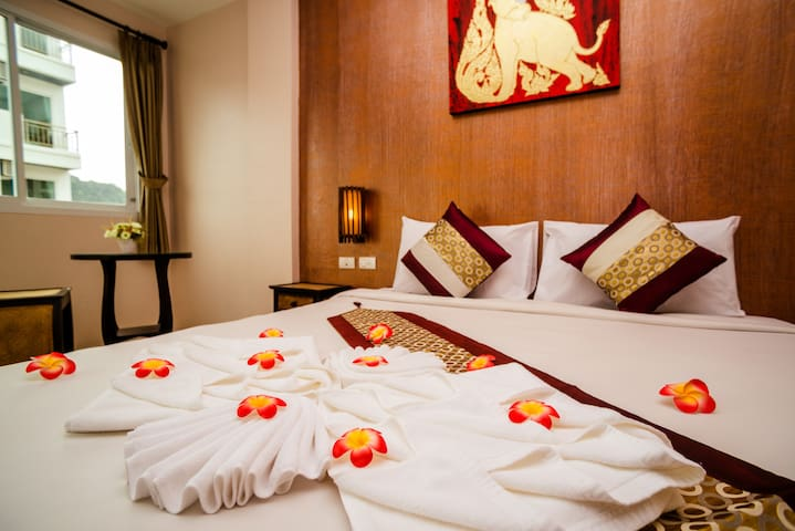 Great room in Patong close to everything!!