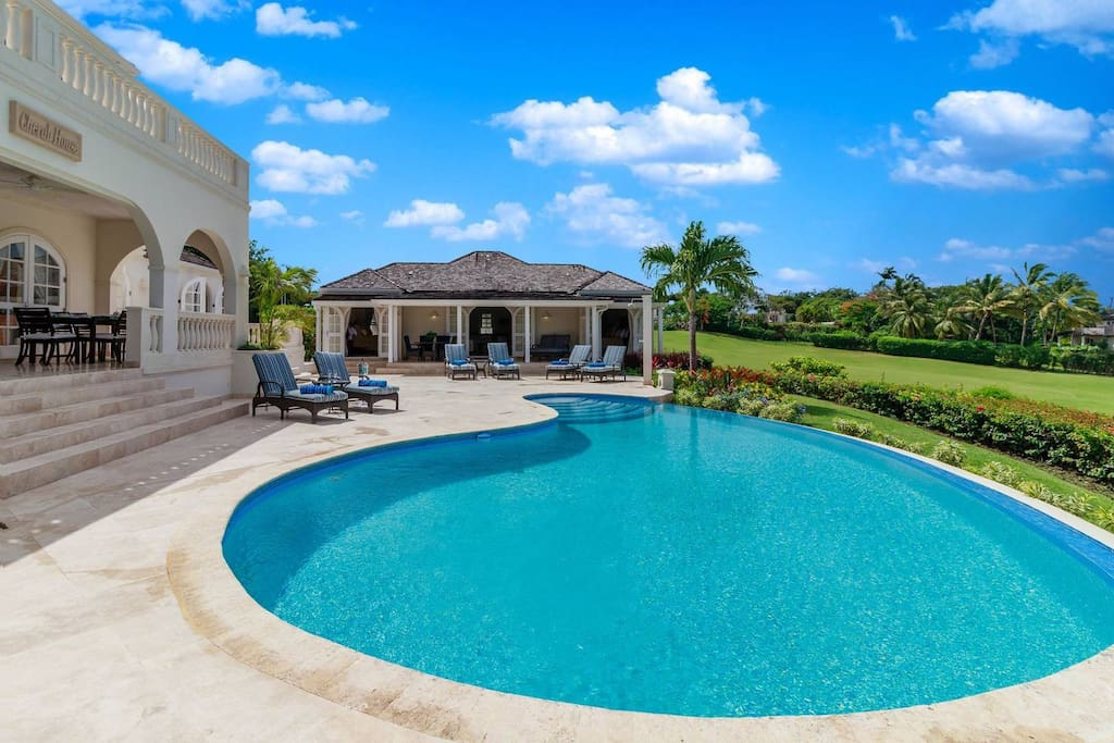 Main villa and cottage - pool area