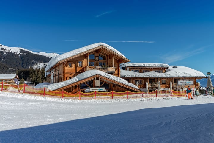 Cozy Apartment with Sauna near Ski Slopes in Mittersill