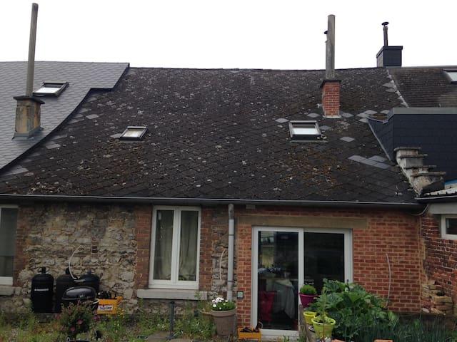 Petite maison à la campagne - Namur