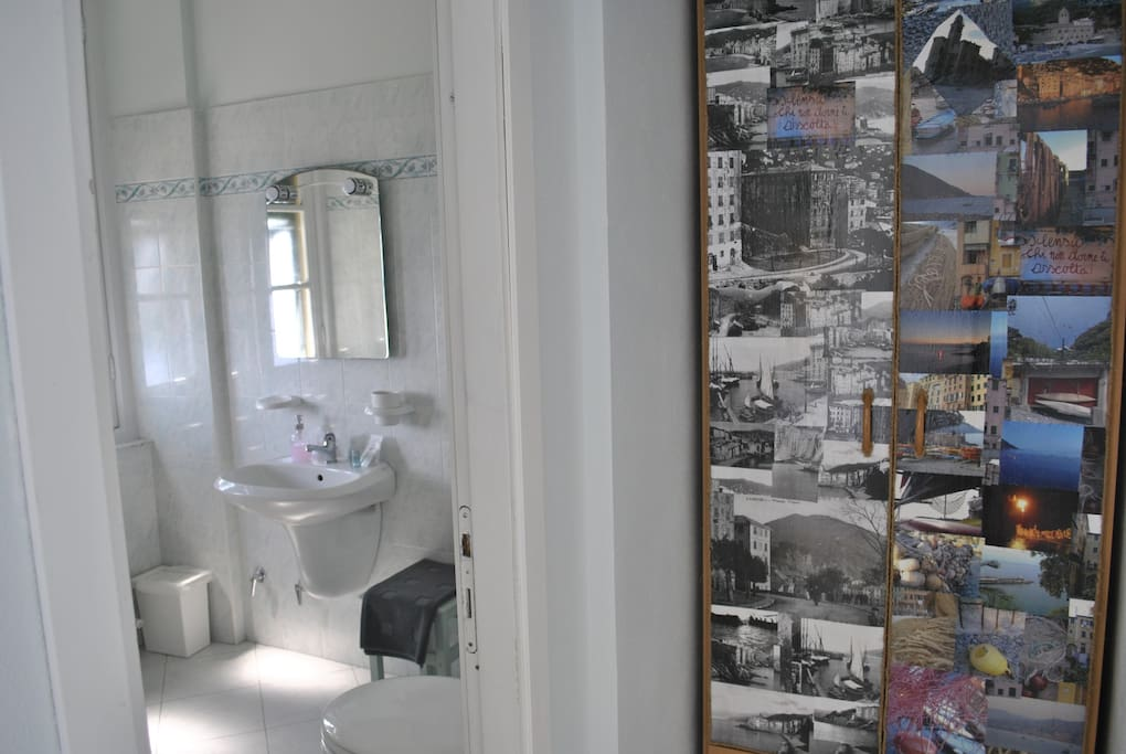 "Detail of the room ""Punta Chiappa"""