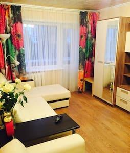 Чистая квартира в престижном районе - Tula - Appartement