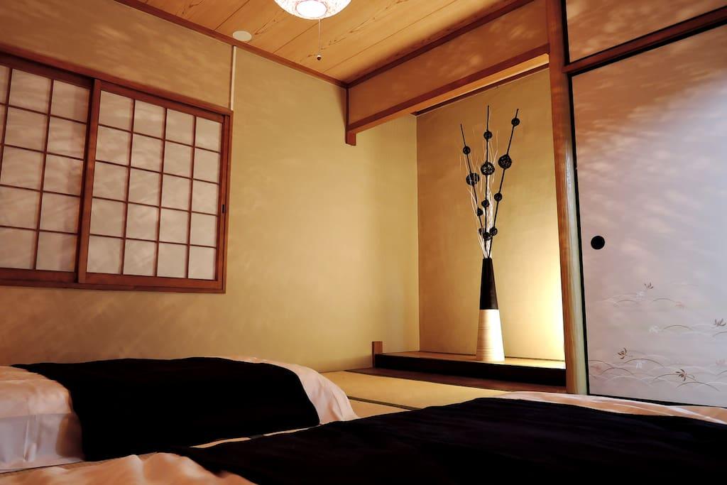 日本の文化を味わえるお部屋になってます!!I have been in the room to enjoy the Japanese culture! !일본의 문화를 맛볼 수있는 방이되어 있습니다! !你一直在房间里享受日本文化! !