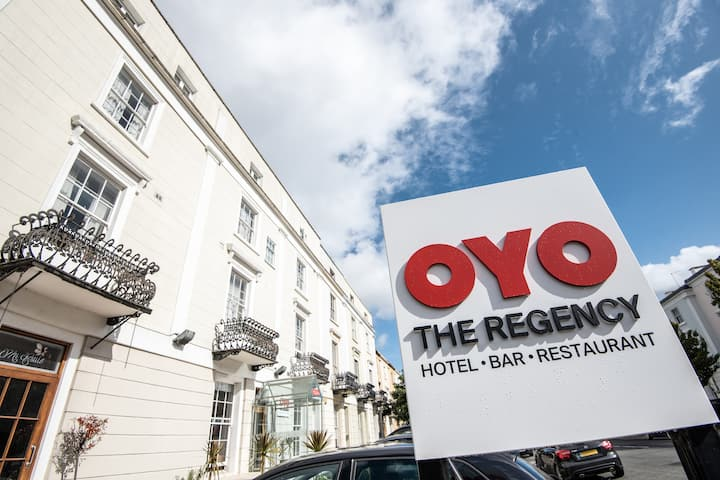 Deluxe Single Room in OYO Flagship The Regency