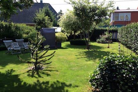Wohnen in der Lüneburger Heide - Garstedt - House