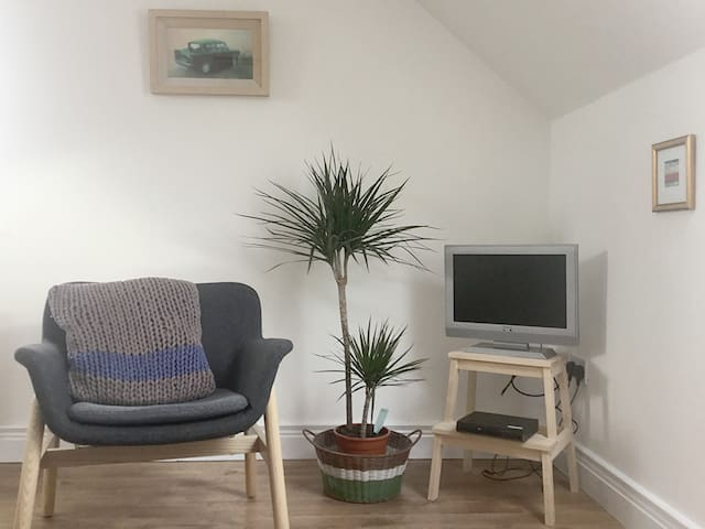 Sitting Room in The Sky Parlour Apartment in Portnablagh, Dunfanaghy, Co. Donegal