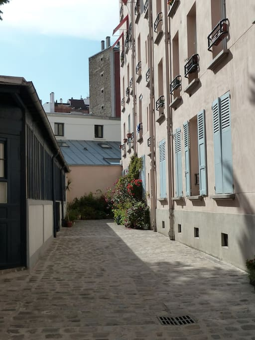 La cour privative / private courtyard