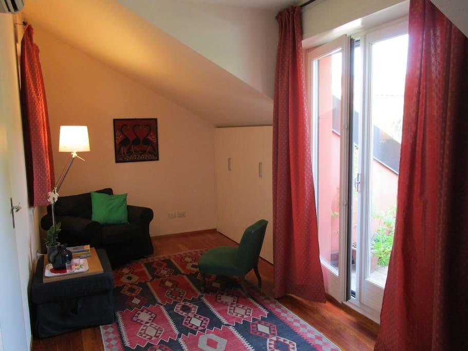 Stanza - Area relax e armadio