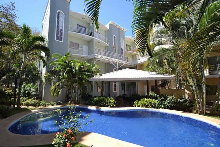 Condo Limonada - Only 5min walk from the beach! - Tamarindo - Apartamento