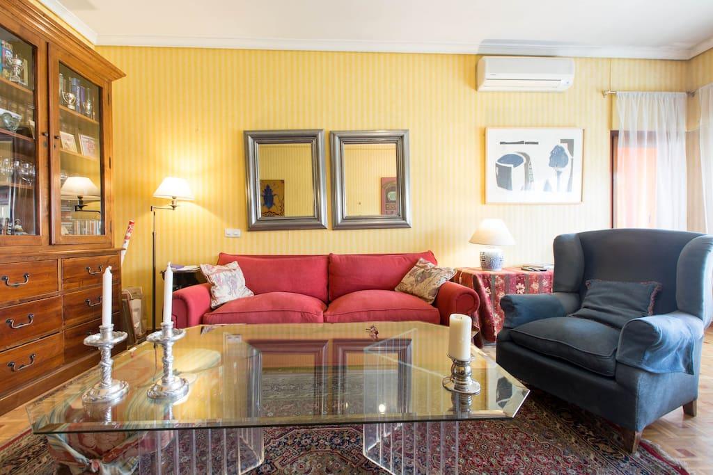 zona de sofás en el salon