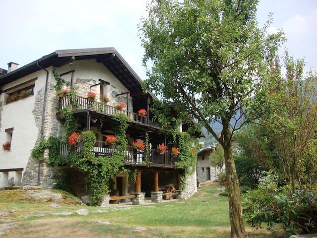 Casa - Parco del Gran Paradiso - Montigli - Rumah
