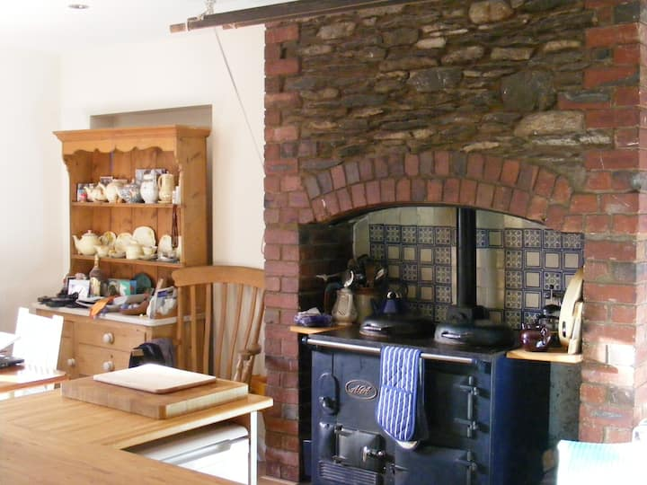 Enjoy Summer at Peaceful hamlet by Coniston Water