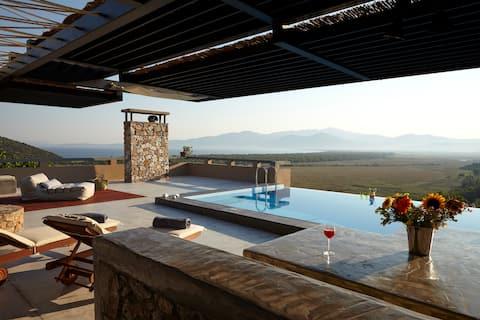 villamarathon isolated villa spectacular sea view