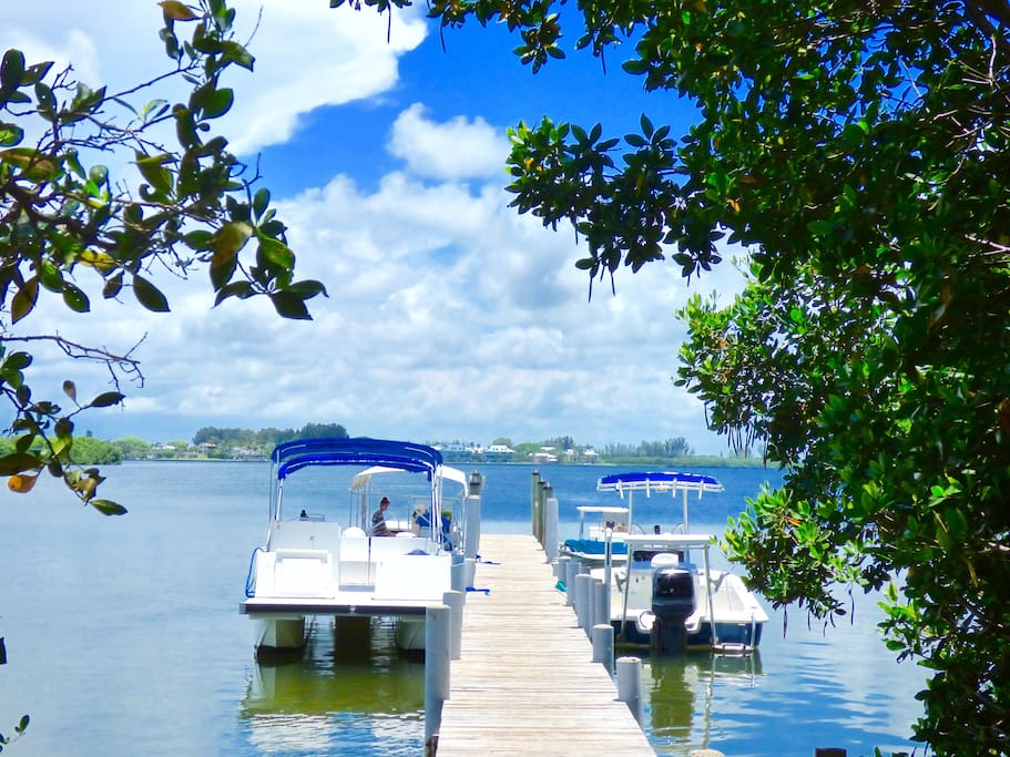 The island is only accessible via personal boat or water taxi. A complimentary dock slip is included in your rental.