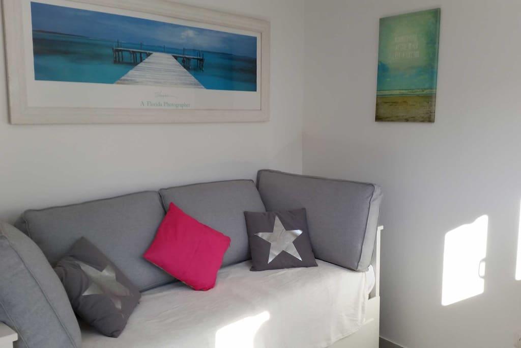 Studio terrasse de 20 m entre aix et marseille for Location maison salon de provence le bon coin