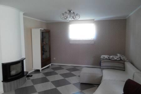 Здам отдельные комнаты в доме - Луцьк