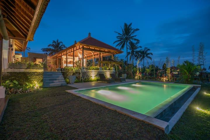 Tunjung Putih Villa with Private Pool