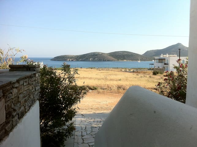 Island White Apartments-Apartment 3 - Agios Georgios - Byt