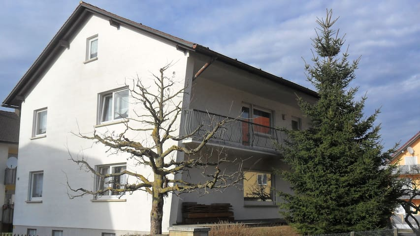 Franconian Holiday Home near Bamberg - Hirschaid - Casa