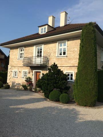 Außergewöhnliche Wohnung in Murnau - Neuegling - Appartement
