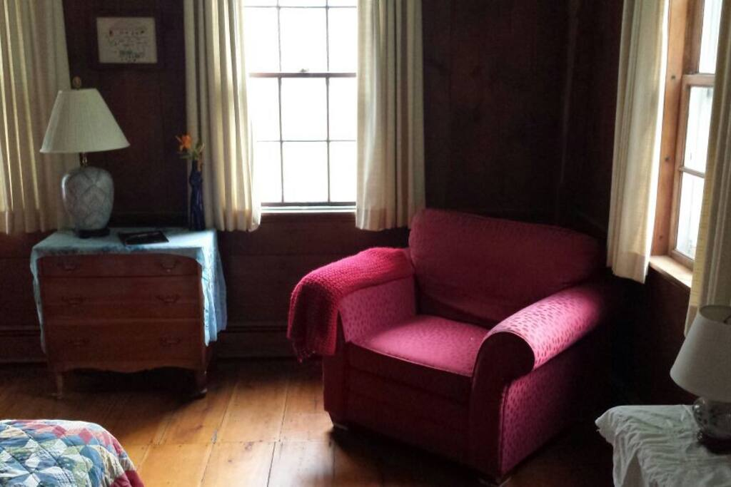 A cozy reading spot in the LeCleyre Room.