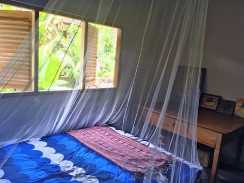 Single room @ Lumbung Damuh, Seaside Eco-homestay