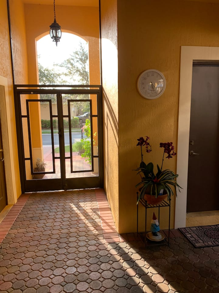 Private Courtyard Room and bathroom in gated comm