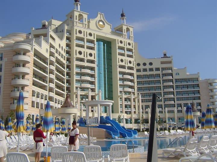 Sunset Resort Private Apartment