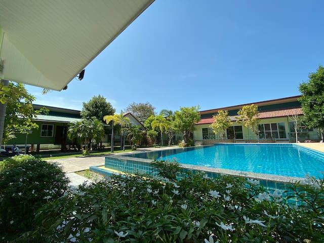 Thitaree Resort Huahin 112 (Hua Na6)