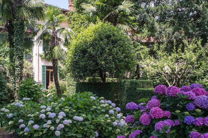 Antica Casa Porrani - EXPO Milan - Castello Cabiaglio - Casa