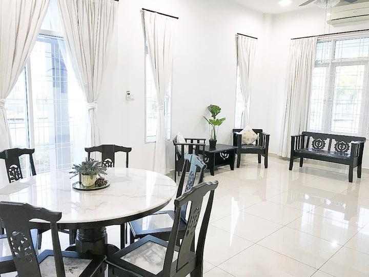 民宿沙巴Kota Kinabalu7pax 4房/bedrooms@Happy House幸运之屋