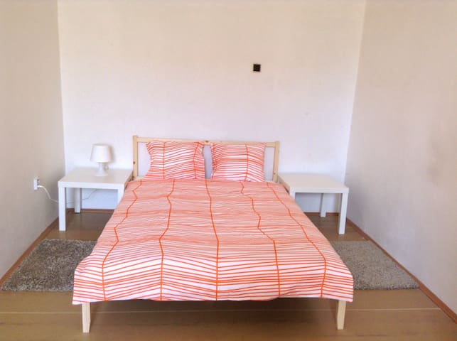 15 Minutes Walk to the City Center (2.2km) - Prague - Apartment