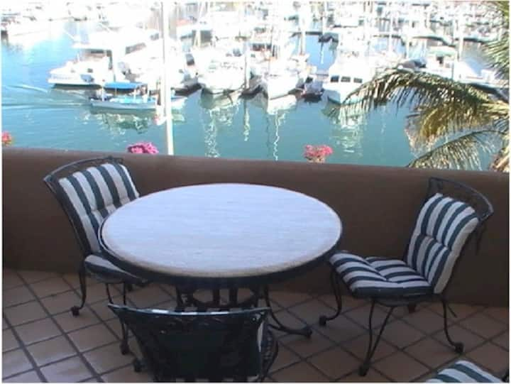 Marina Cabo Plaza -Best Location on marina!