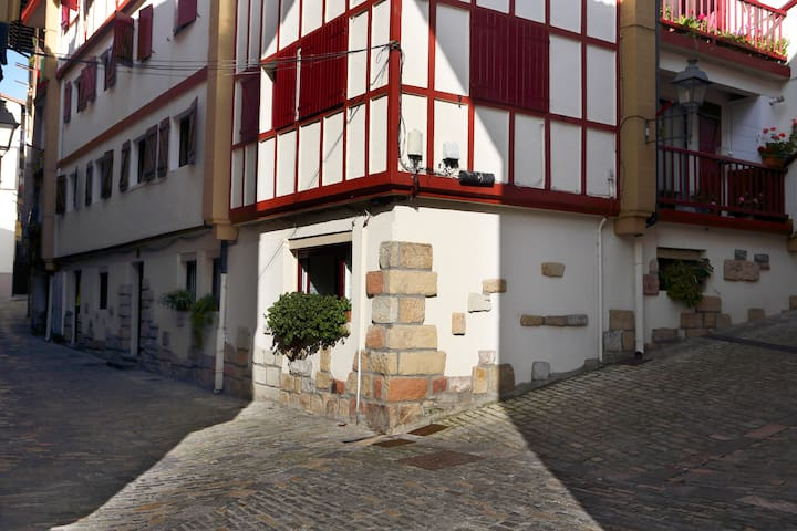 Cosy apartment in the Old Town - Hondarribia - Leilighet