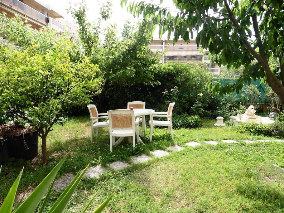 Jardin privatif de 150m2