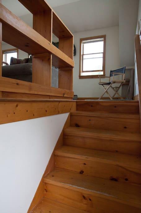 Indoor stairway to apartment