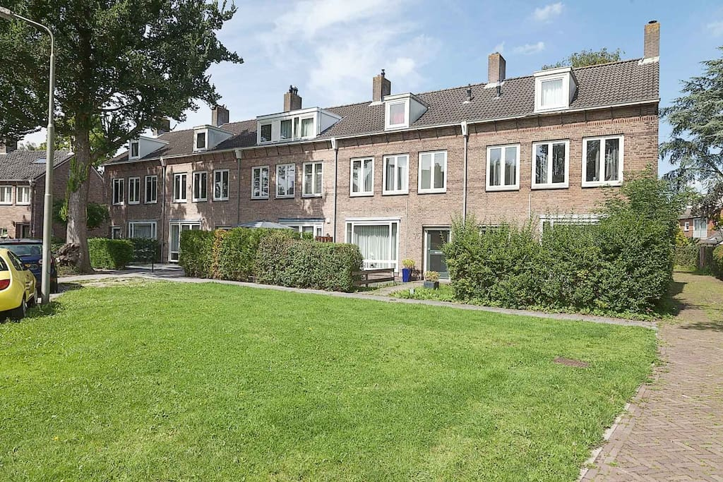 gorgeous modern cosy appartment near amsterdam wohnungen zur miete in amstelveen noord. Black Bedroom Furniture Sets. Home Design Ideas