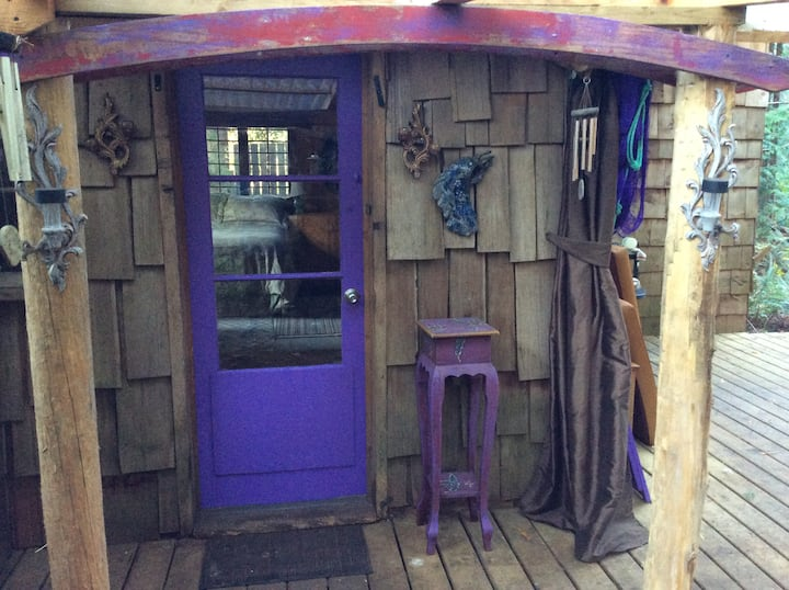 Purple Door Cabin