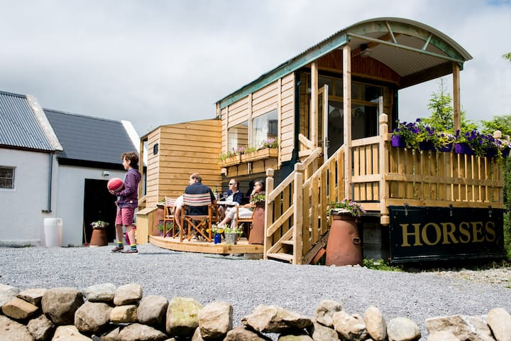 Burren Glamping -cosy & comfortable & quirky