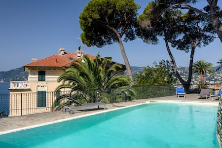 Villa Edoardo flat 5 with pool - Zoagli - Byt