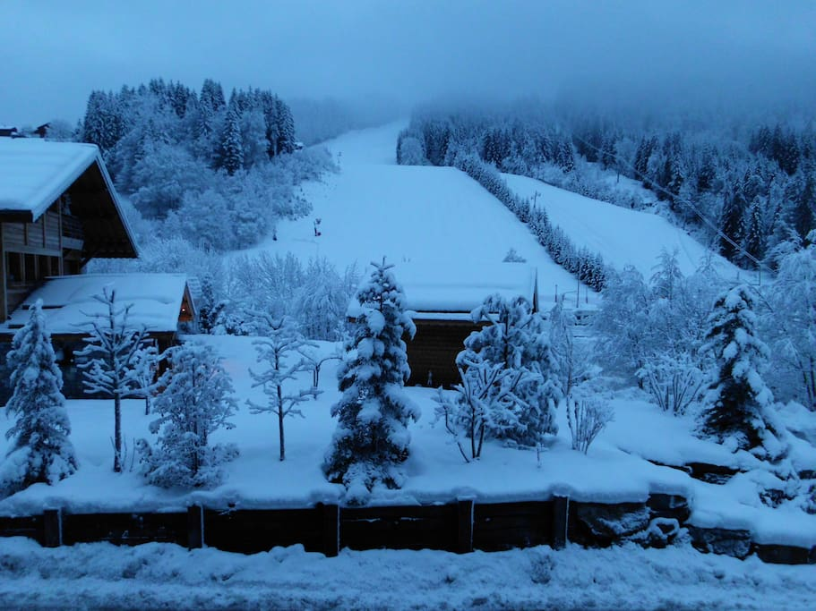 View of the piste from the apartment