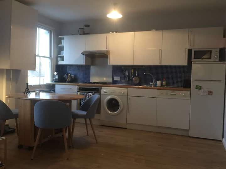 Clapham North high quality flat
