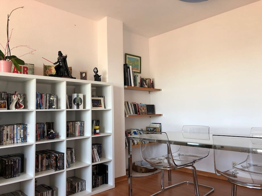 Another shot of my confortable living room